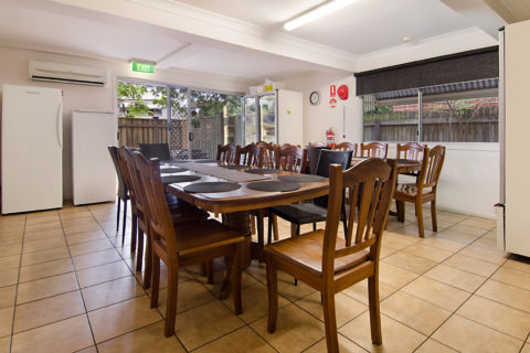 Allen Street Accommodation Dinning Room
