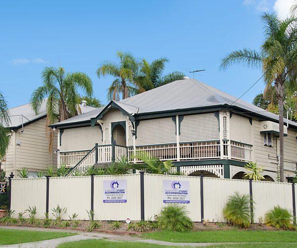 Student-Accommodation-Brisbane-1-600x500